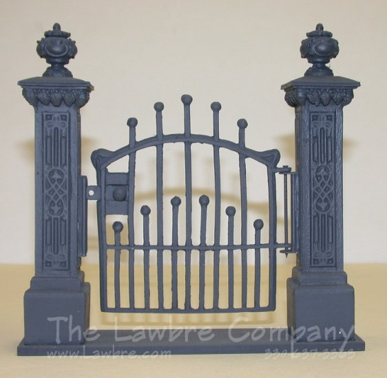 0460 - (B) ''Iron'' Gate Unit, Finished - Click Image to Close