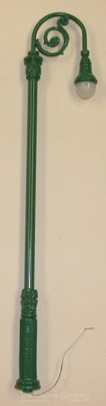 0501 - Bishop's Crook Street Lamp, Green, 15'' Tall
