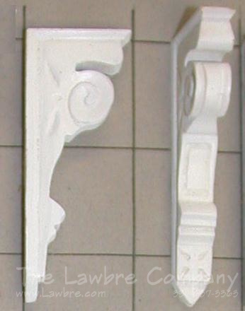 AE502 - Carved Eastlake Bracket
